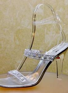 poza sandale diamante