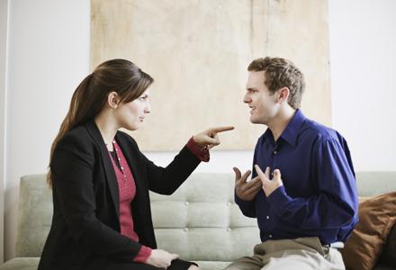 femeie acuza barbat