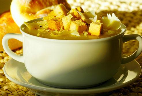 Supa crema cu crutoane