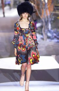 мода 2011 в русском народном стиле.
