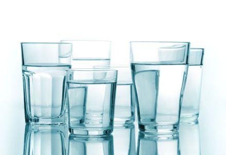 Cura de slăbire cu apă fiartă. Slăbești 20 de kilograme în 21 de zile