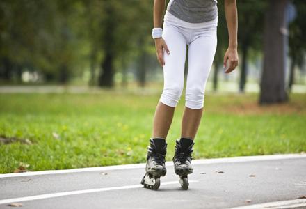 patinajul cu role te face să pierzi în greutate