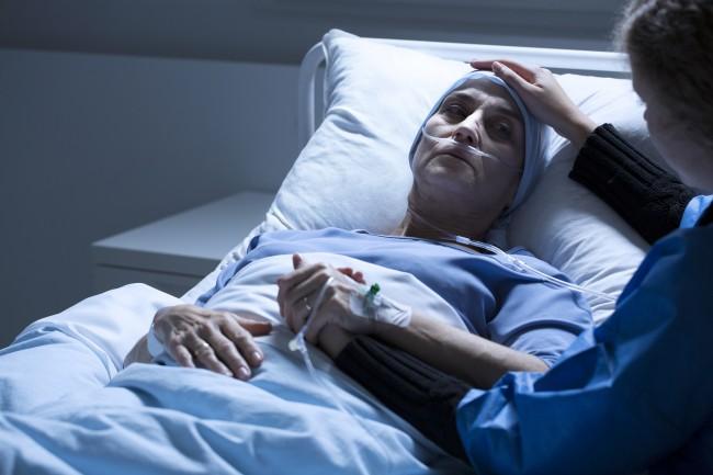Jurnalul unei femei bolnave de cancer părăsită de soţul ei