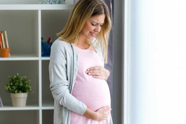 pierde grăsimea de burtă atunci când este însărcinată)