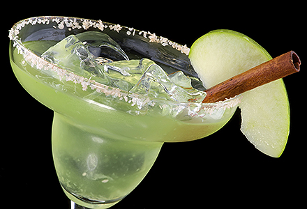 Green apple cocktail for Green apple mixed drinks