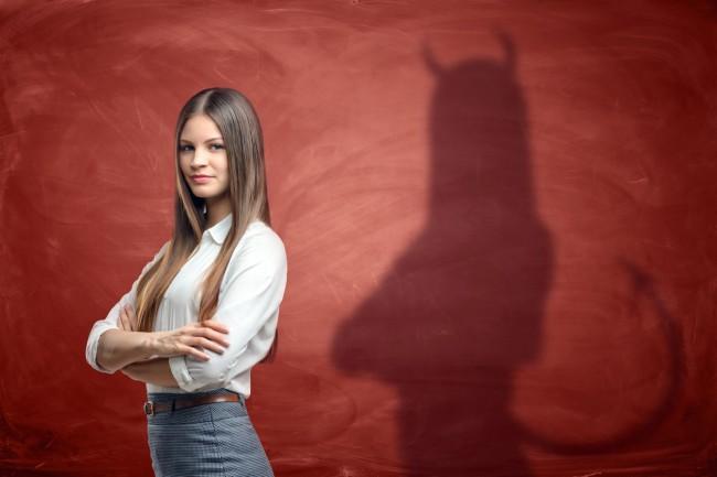 femeie diavol