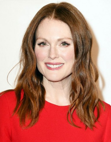 Julianne Moore bob
