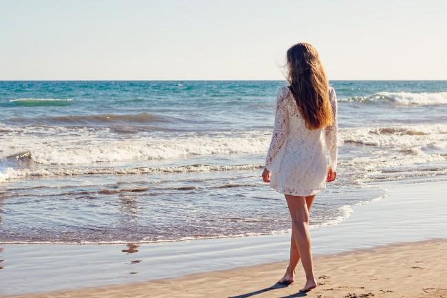 Mireasă la mare