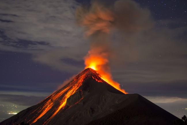 Contacte femei vulcan - caut femei divortate năsăud