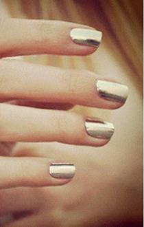 unghii aurii