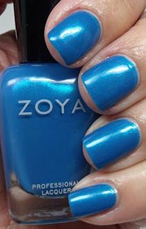 unghii metalice albastre