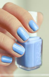 unghii albastre