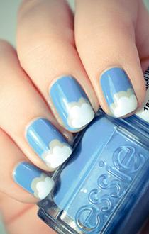 unghii albastre cu model