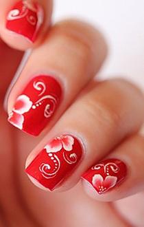 unghii rosii cu model