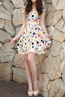 Shop our vintage inspired polka dot dresses & showcase your unique style today. Menu. ModCloth. Search Blue Black Grey White Multi Size XXS XS S M L XL 1X 2X 3X 4X 2 4 maxis, and minis alike out to play, just as long as they've got dots. Some polka dotted dresses are designed with bubble-like spots, while others feature petite pindots.