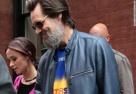 Iubita lui Jim Carrey a murit