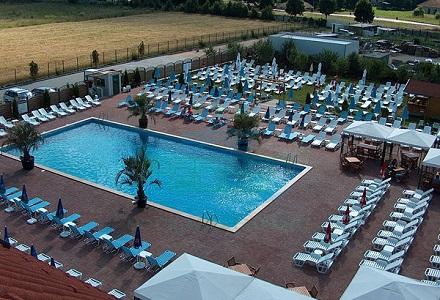Piscine romania for Hotel cu piscina