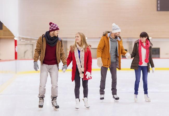 Pierdeți în greutate în timp ce schiați. Cum de a învăța să schiați pe un curs de patinaj?
