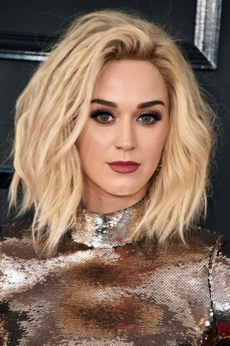 Katy Perry tunsa bob