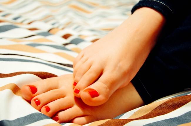 Intalnirea piciorului femeii)
