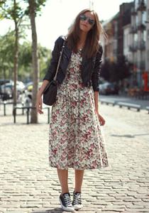 Rochie cu flori - street style
