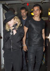 Madonna si Timor Steffens