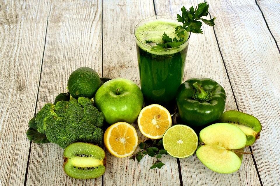 retete smoothie verde detoxifiant)