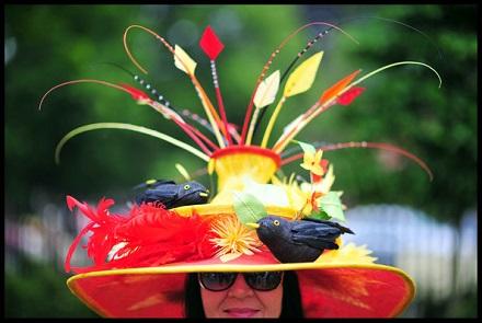 Imagini pentru imagini cu pălării bizare