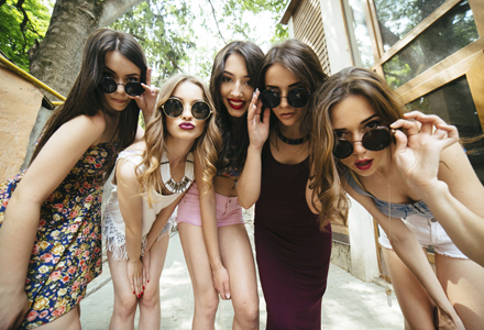 grup de adolescente