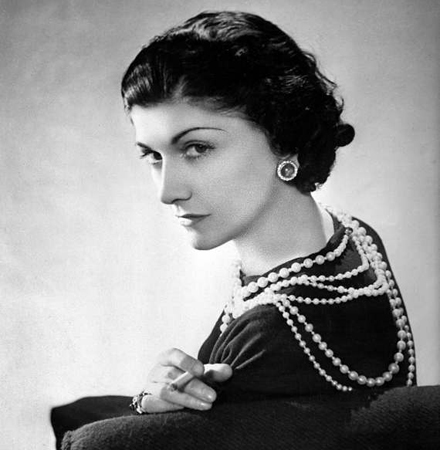 coco_chanel_cropped_bucle