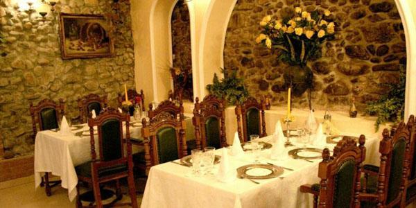 Restaurantul Butoiul de Aur