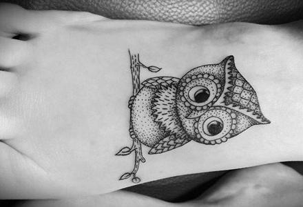 tatuaj_pe_picior_bufnita