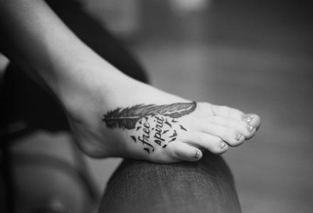 tatuaj_pe_picior