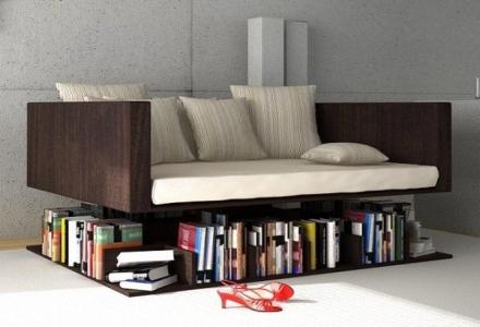 canapea si biblioteca spatii mici