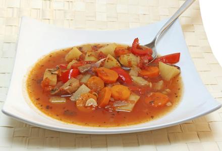 ciorba taraneasca de legume