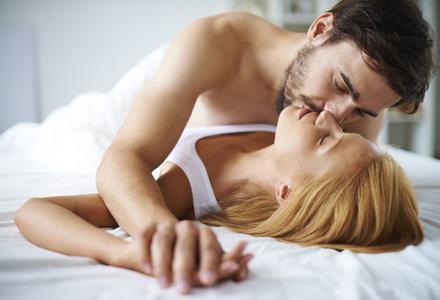 cuplu in intimitate