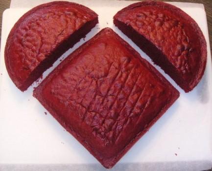 Heart Shaped Chocolate Cake Decorating Ideas : Tort in forma de inima Reteta tort in forma de inima