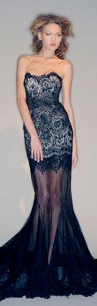 rochie de seara din dantela Marchesa