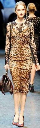 poza rochie cu dantela Dolce & Gabbana