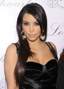 poza coafura Kim Kardashian