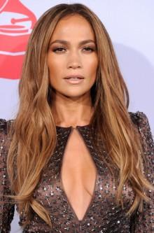 poza coafura Jennifer Lopez