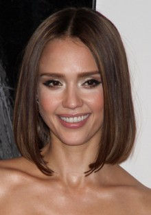 Jessica Alba, decembrie 2010