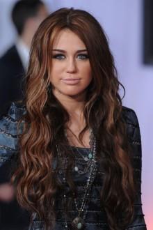 Miley Cyrus, ianuarie 2010