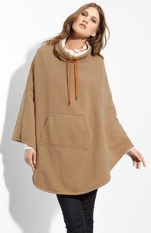 poza poncho lana de camila
