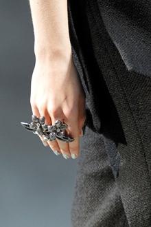 tendinte toamna iarna 2011 2012 accesorii