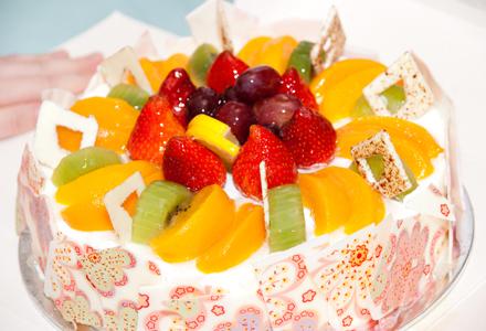 Tort cu fructe