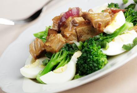 Broccoli cu ton