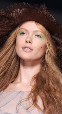 make-up ochi verde