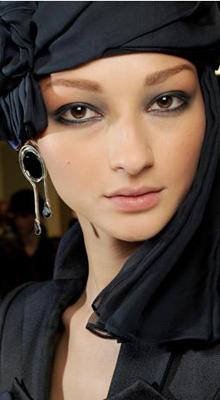 smoky make-up