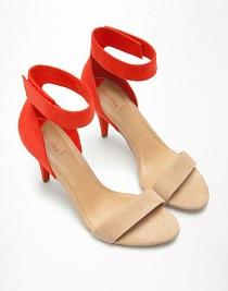 sandale nude cu rosu